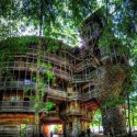 The world's largest tree house is located in Crossville, Tennessee, USA