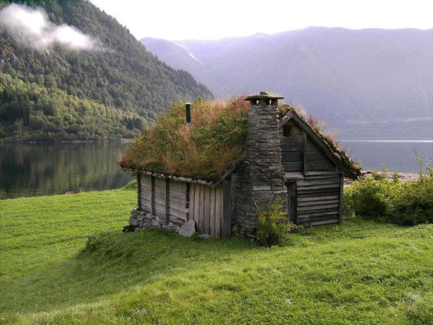 Grass Roof House, Norway