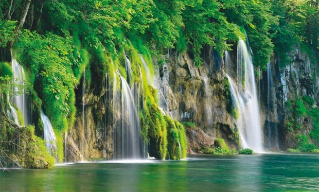 Amazing Waterfalls, Plitvice Lakes, National Park In Croatia