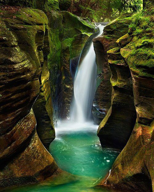 Corkscrew Falls, Hocking Hills, Ohio, USA