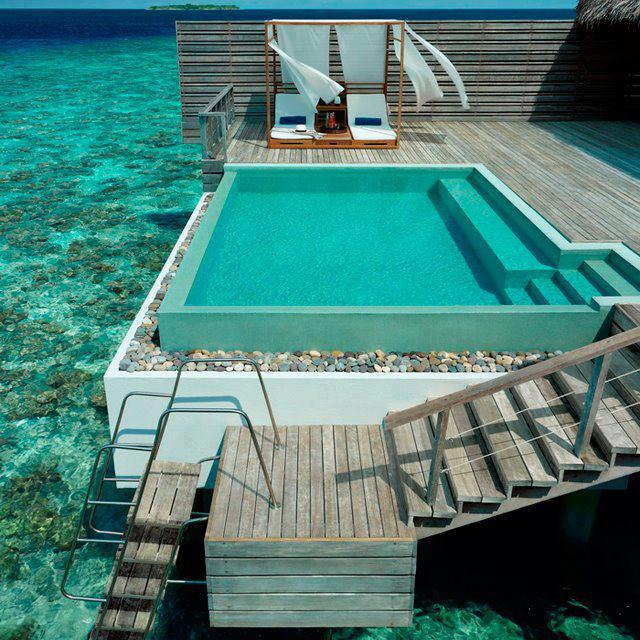 Dusit Thani Resort, Maldives