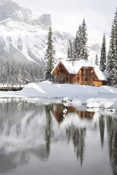 Emerald Lake Lodge , Canada