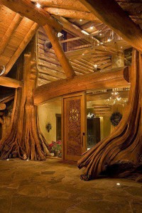 Entrance , Tree House , British Columbia , Canada