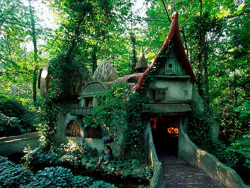 Forest House , Efteling , Holland