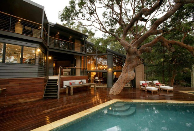 Pretty Beach House is located in the Bouddi National Park , Australia