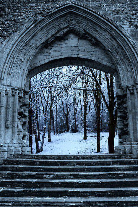 Snow Arch , Cambridge , England