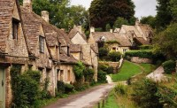 The 14th-century stone cottages along Arlington Road in Bilbury, England