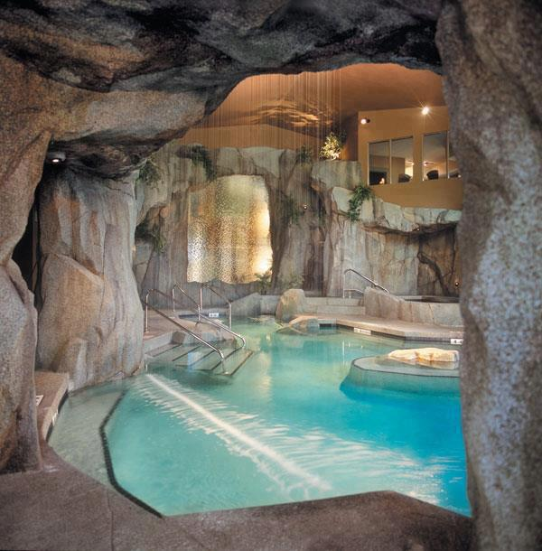 The Grotto Spa at Tigh-Na-Mara Seaside Spa Resort , Western Canada