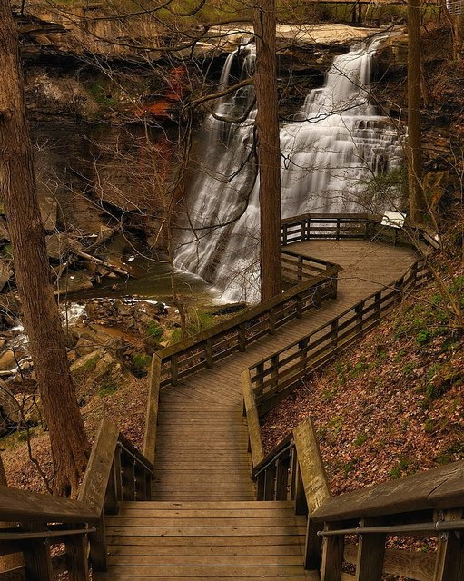 Brandywine Creek Waterfall, Ohio, USA