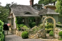 Cottage in Carmel, Canada