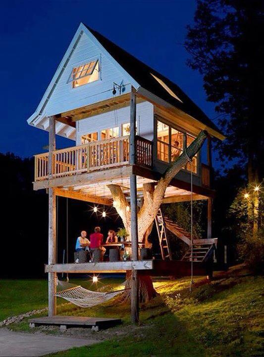 Two Story Treehouse, Wisconsin, USA