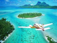 Crystal clear waters in Bora Bora, French Polynesia
