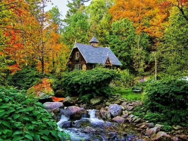 The Artists Cottage , Quebec , Canada