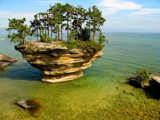 Turnip Rock, Port Austin, Michigan, USA