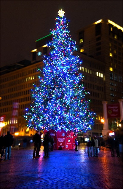 Pioneer Square at Christmas, Portland, Oregon, USA